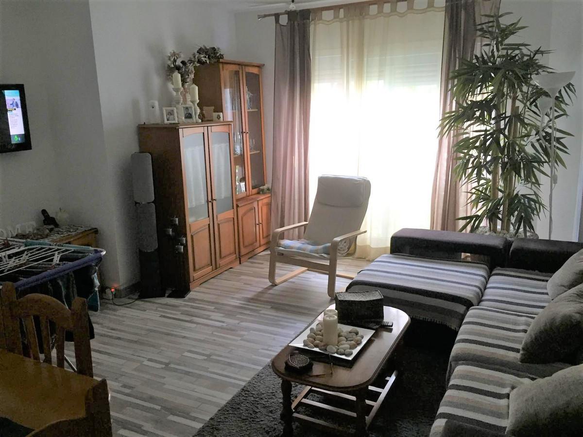 Apartment for Sale in San Pedro de Alcántara – R3748309