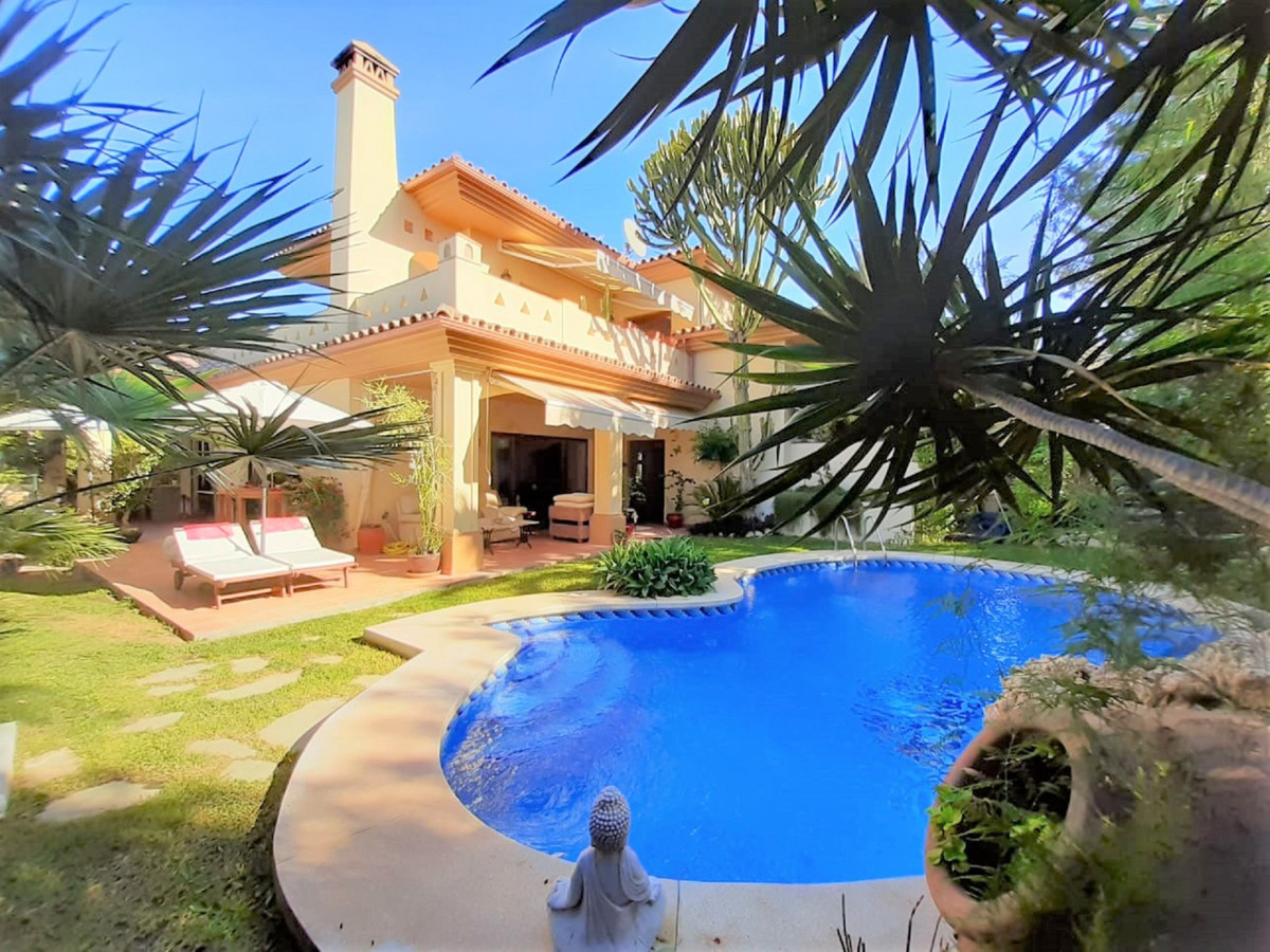 Beautiful Villa in San Pedro, just 10 minutes from Puerto Banus by car. It has five bedrooms, three , Spain