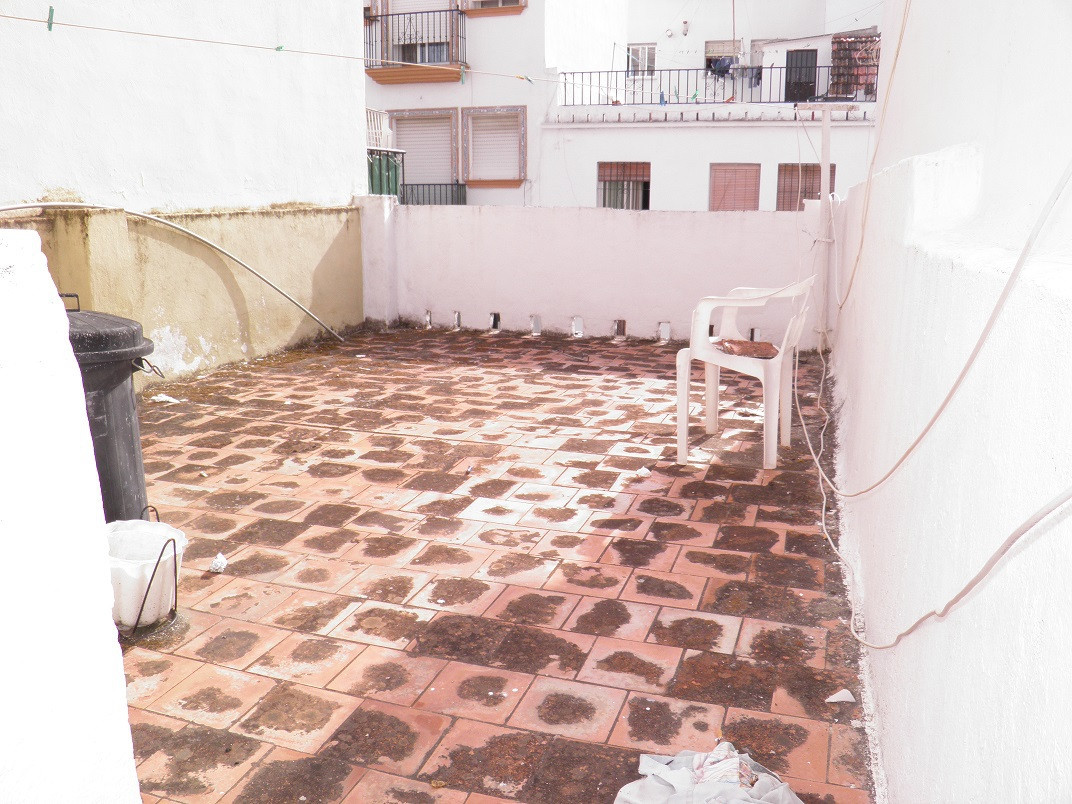 Town house in the center of San Pedro Alcantara surrounded by all services, bars, cafes, restaurants, Spain