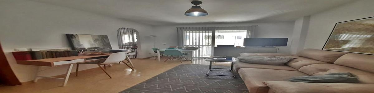 1 Bedroom Ground Floor Apartment For Sale San Pedro de Alcántara, Costa del Sol - HP3850741