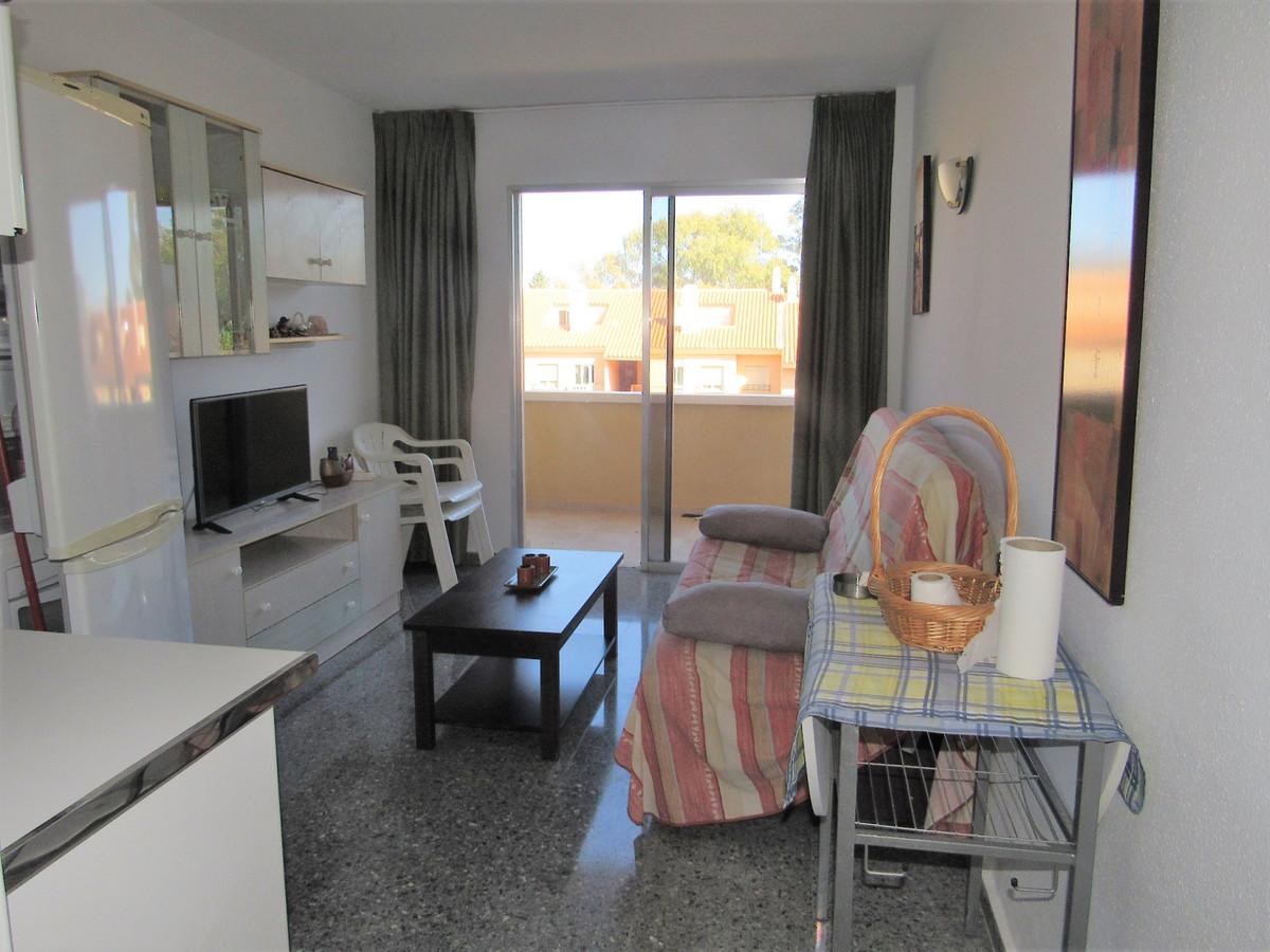 Apartamento en Venta en Las Chapas – R3687830