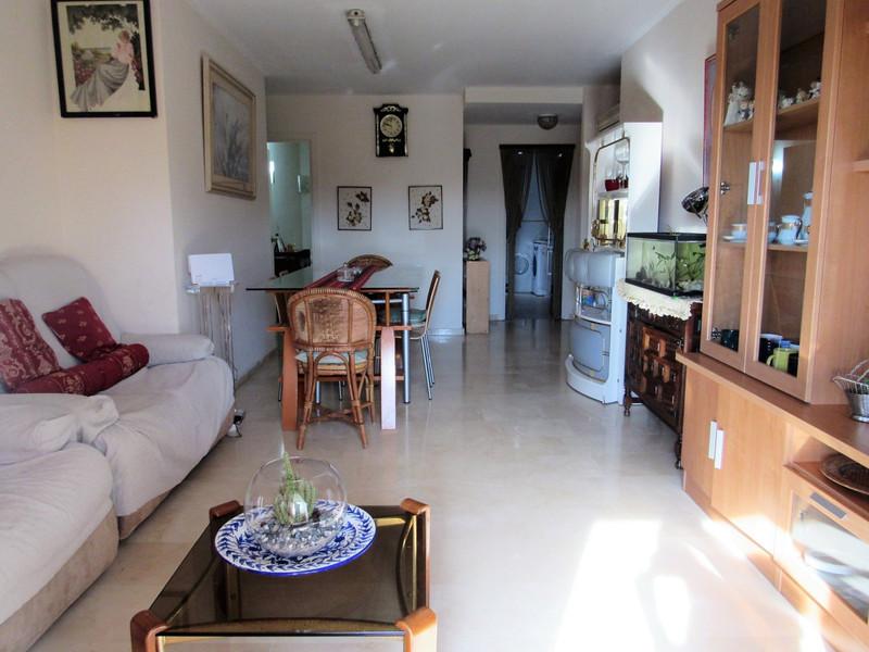 Apartamento Planta Baja en venta, San Pedro de Alcántara – R3411061