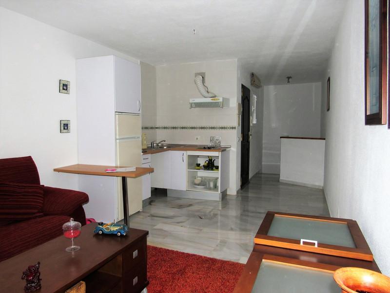 Апартамент средний этаж - Estepona - R3448165 - mibgroup.es