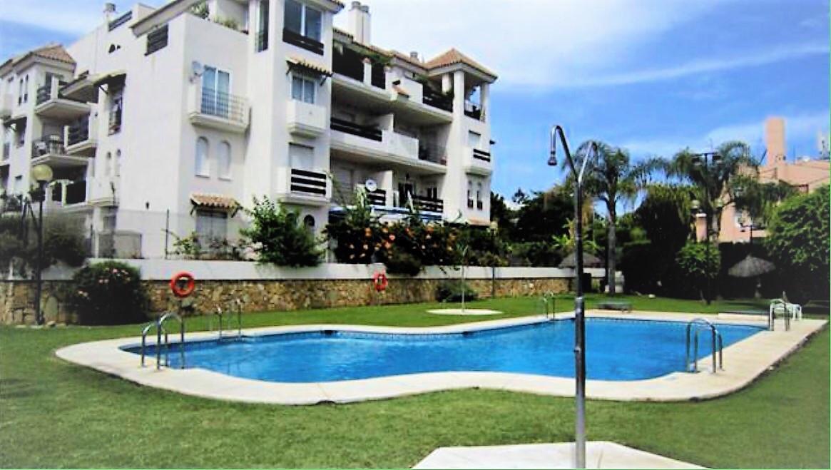 Marbella Banus Apartamento en Venta en Nueva Andalucía – R2490383