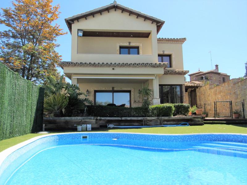 Villa – Chalet en venta, San Pedro de Alcántara – R3410836