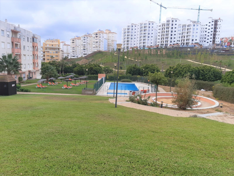 Middle Floor Apartment - Estepona - R3528058 - mibgroup.es