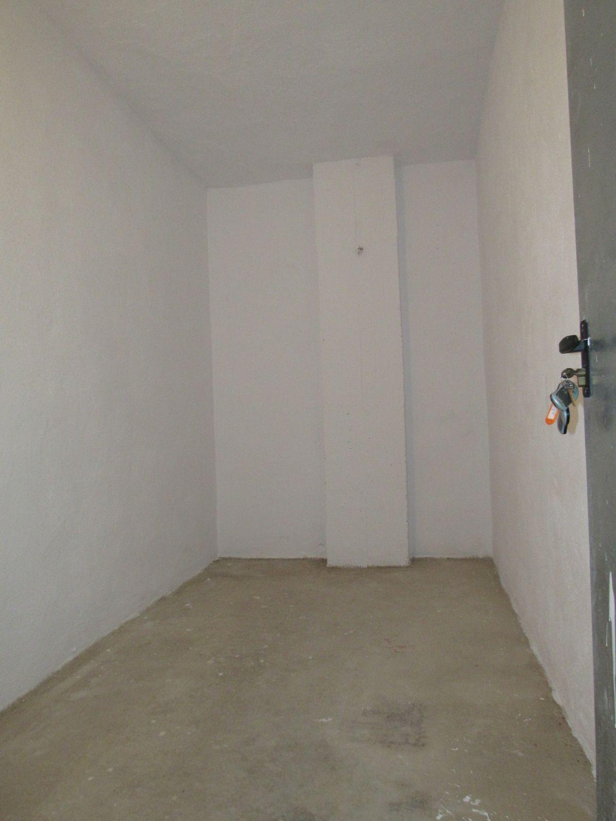 Comercial con 0 Dormitorios en Venta Guadalmina Alta