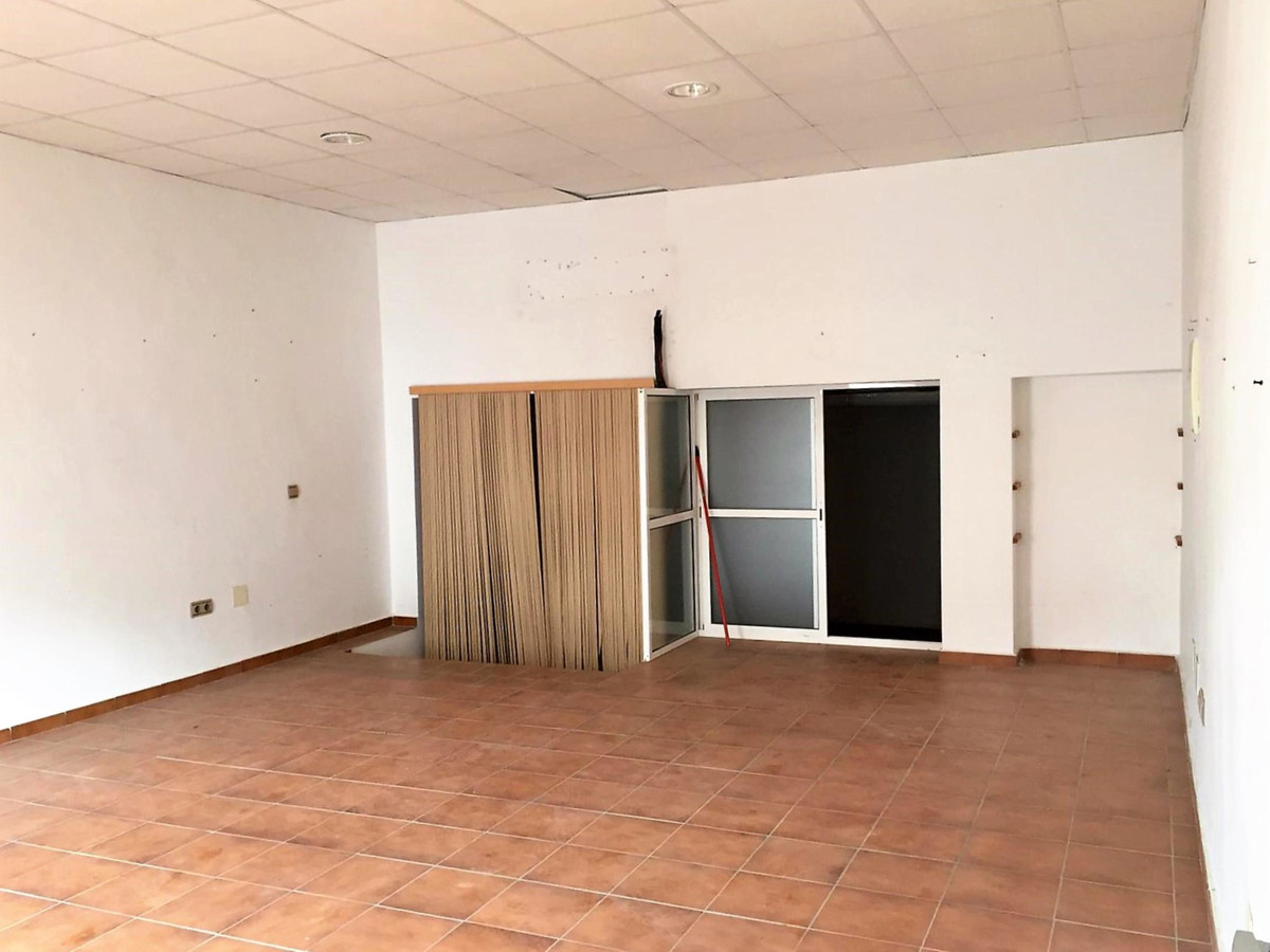 Commercial Commercial Premises in Las Lagunas, Costa del Sol