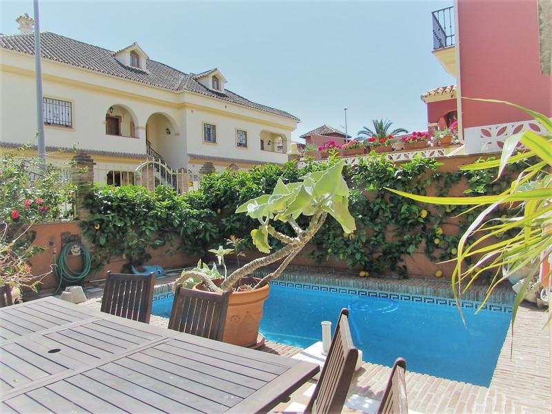Villa – Chalet en venta, San Pedro de Alcántara – R2917265