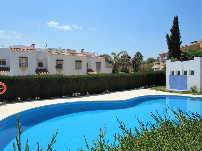 Ground Floor Apartment in Casares for sale