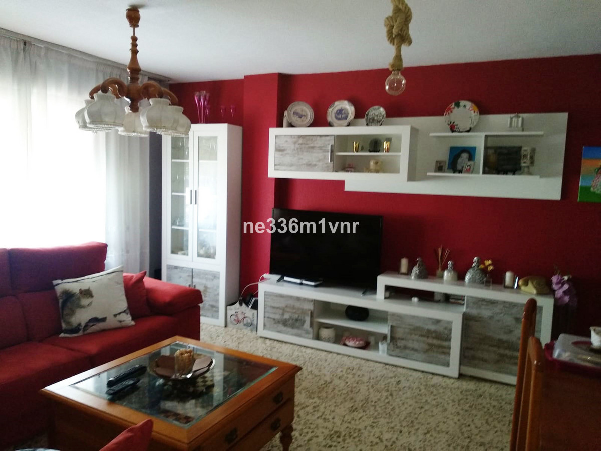 """""""BEAUTIFUL APARTMENT NEAR THE HISTORICAL CENTER AND WITH MANY POSSIBILITIES""""  House of 114,Spain"""