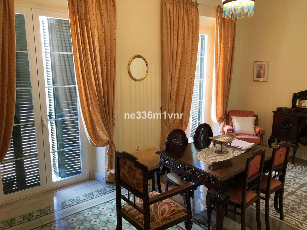SPECTACULAR HISTORIC FLAT RENOVATED IN THE HEART OF SOHO!  Stately apartment in nineteenth-century b, Spain