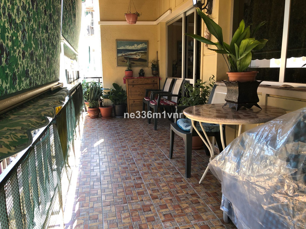 5 bedroom apartment for sale malaga