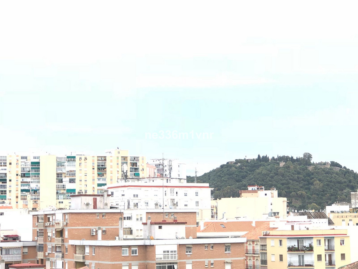 -Floor with elevator in building of six floors, ready to move in, 70 mt², 2 bedrooms, a bathroom. St, Spain