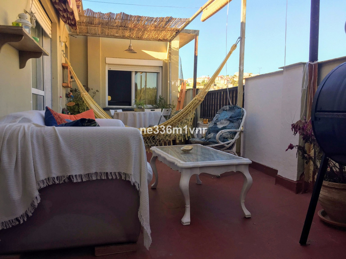 SUPER PENTHOUSE VERY LUMINOUS WITH TERRACE 10 MINUTES FROM THE HISTORICAL CENTER!  The property cons,Spain