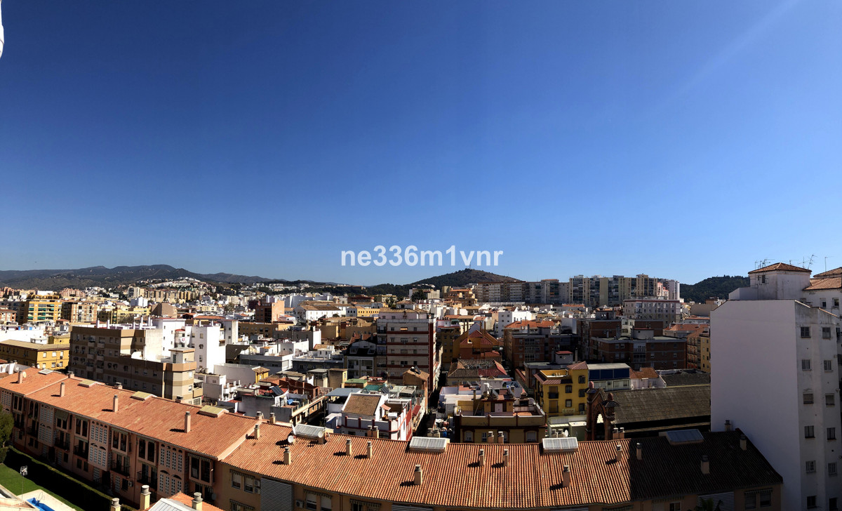 ¡APARTMENT TO BE RENOVATED 7 MINUTES FROM THE HISTORIC CENTER WITH UNBEATABLE VIEWS!  The property c,Spain