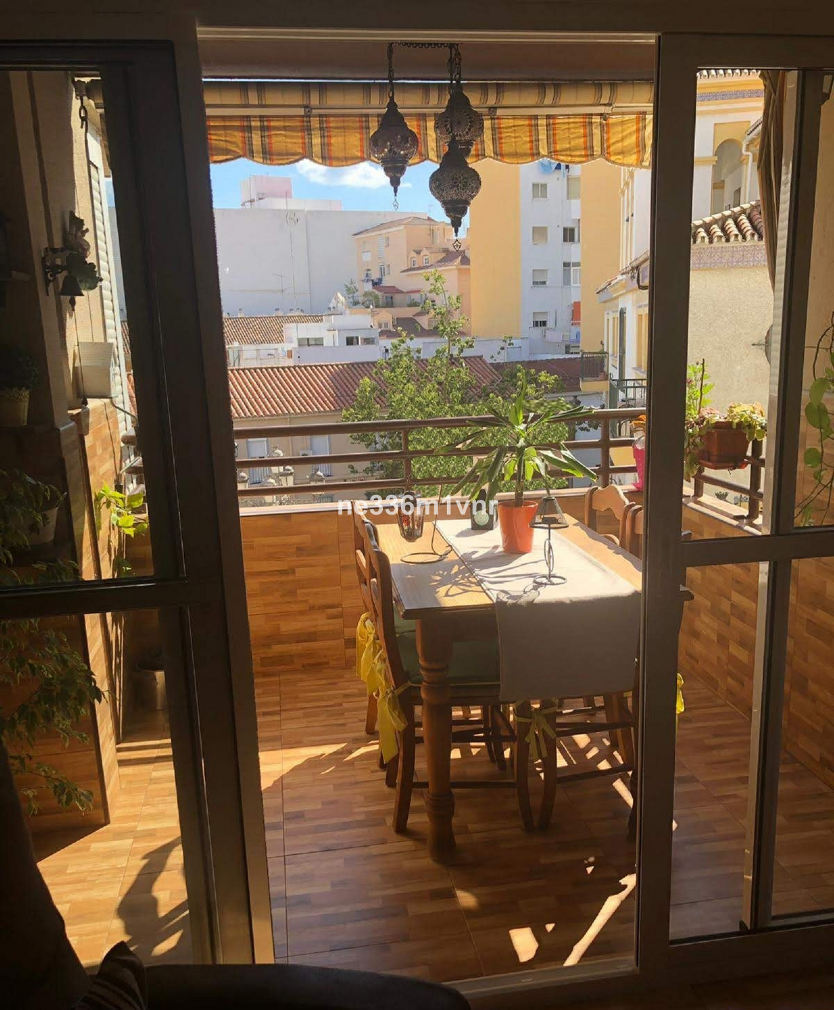 EXCELLENT REFURBISHED FLAT WITH TERRACE AND 10 MINUTES FROM THE HISTORICAL CENTRE!  The property con,Spain