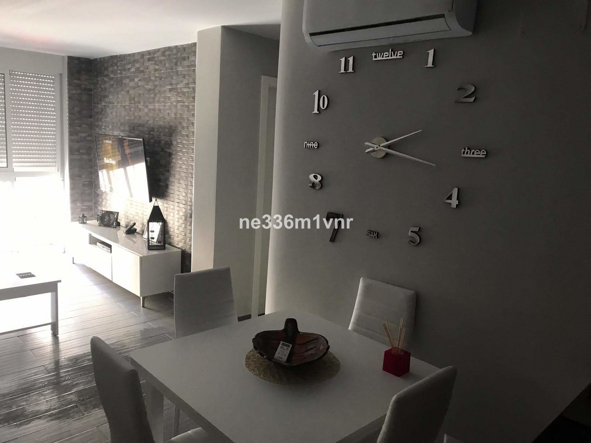 MAGNIFICENT NEWLY RENOVATED FLAT!  The property consists of 82 m2 distributed in 2 bedrooms, 1 dress,Spain