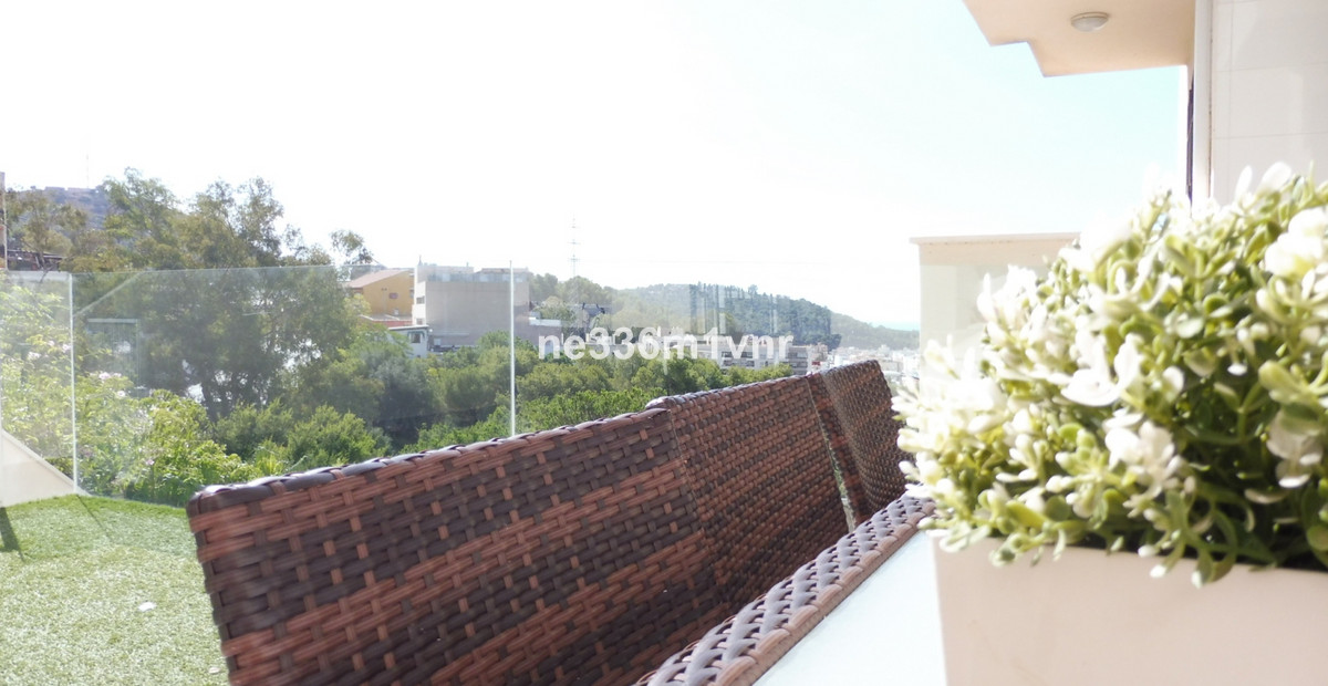MAGNIFICENT APARTMENT WITH PANORAMIC VIEWS  The property consists of 74 m2 distributed in 2 bedrooms, Spain