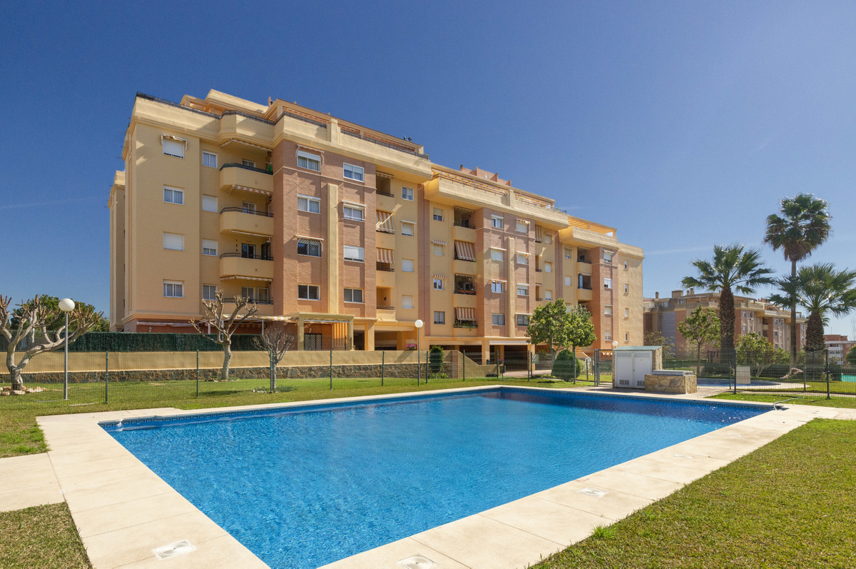 We are very pleased to present this immaculate family home. Comfortable spacious and practical accom,Spain