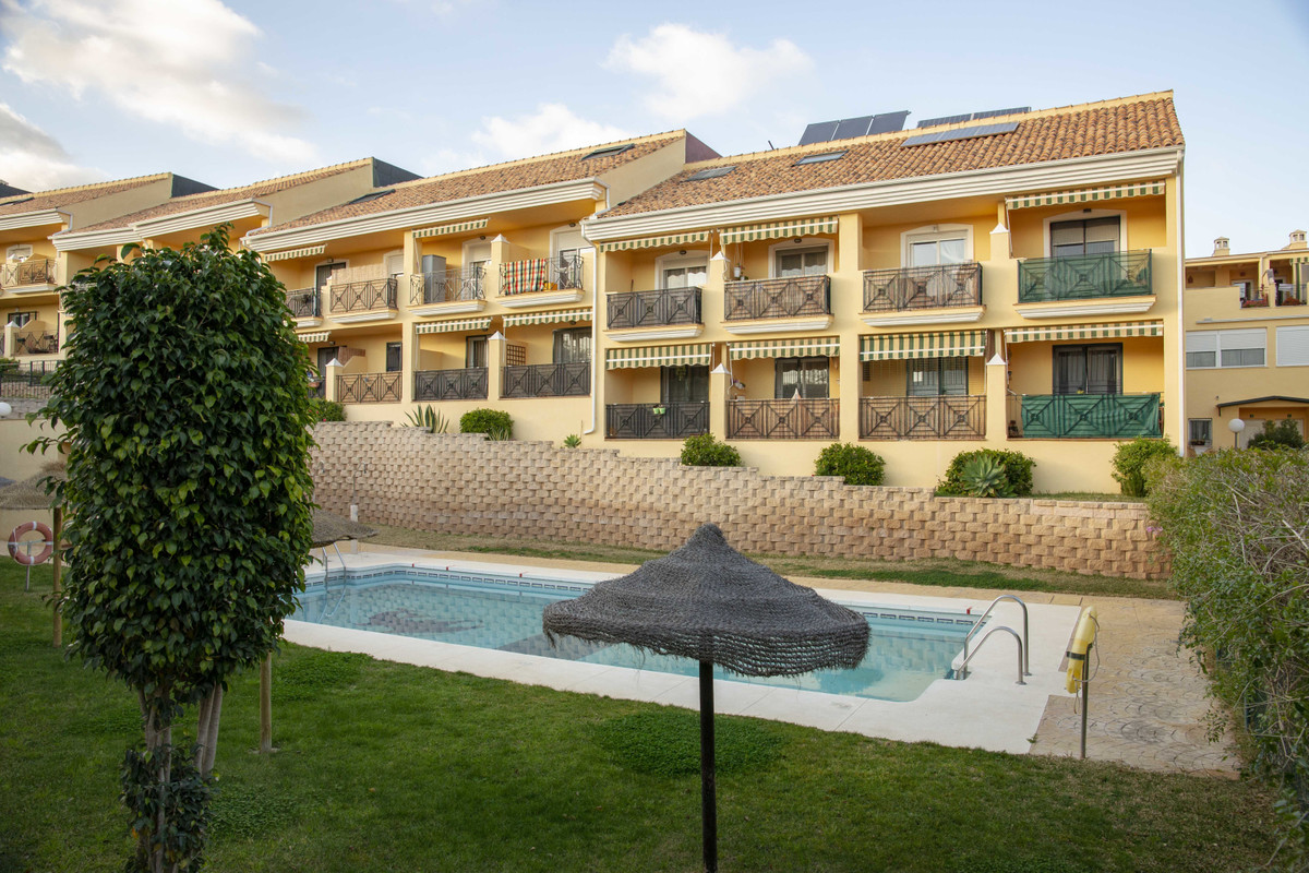Great townhouse with 3 bedrooms on 3 levels found in Torremolinos. In a private residential communit,Spain