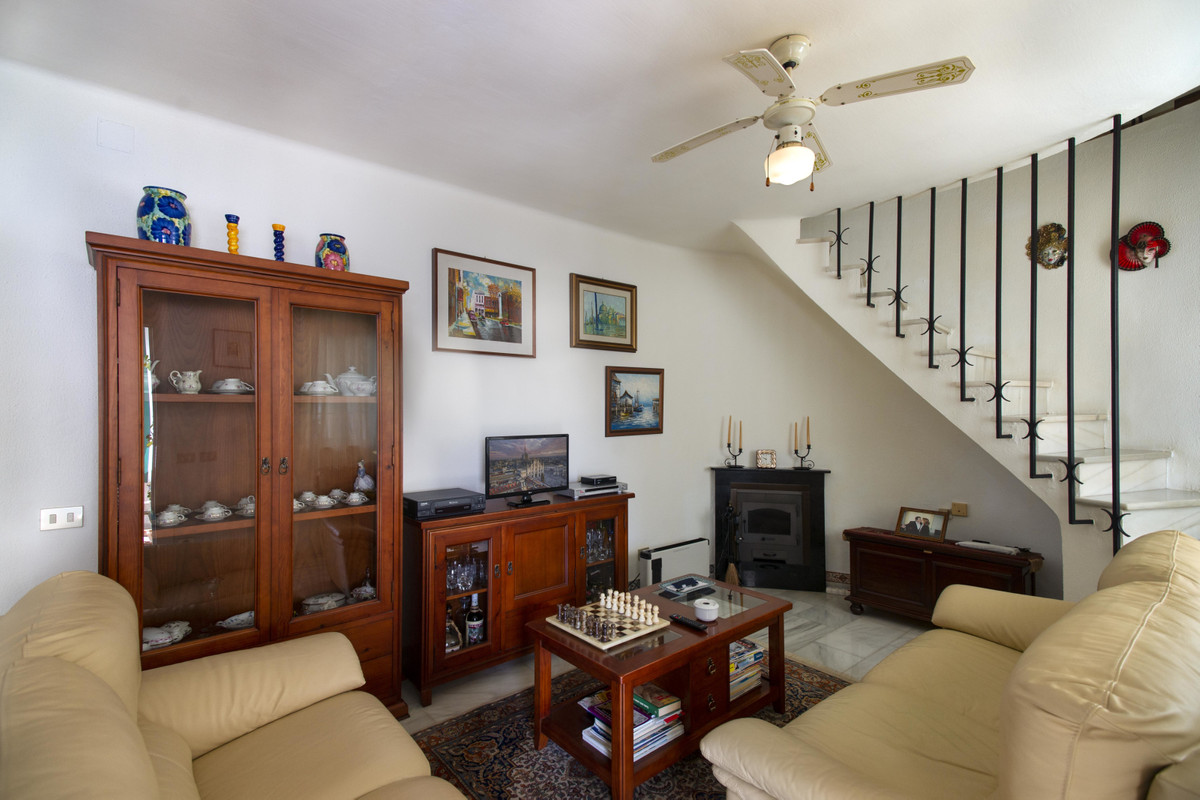 House in Arroyo de la Miel R3353566 2