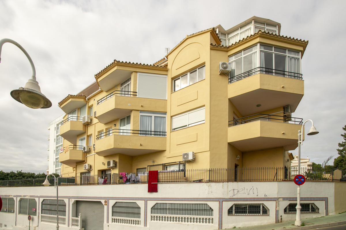 Location is king with this magnificent apartment overlooking the Marina in Benalmadena Costa. Just a,Spain