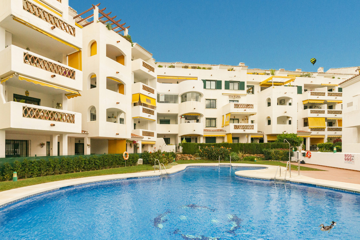 Located close to the glorious Paloma Parque of Benalmadena and within walking distance of both the b, Spain