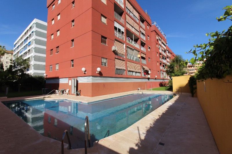 Apartment located in the center of Fuengirola. The apartment consists of three bedrooms, a bathroom,,Spain