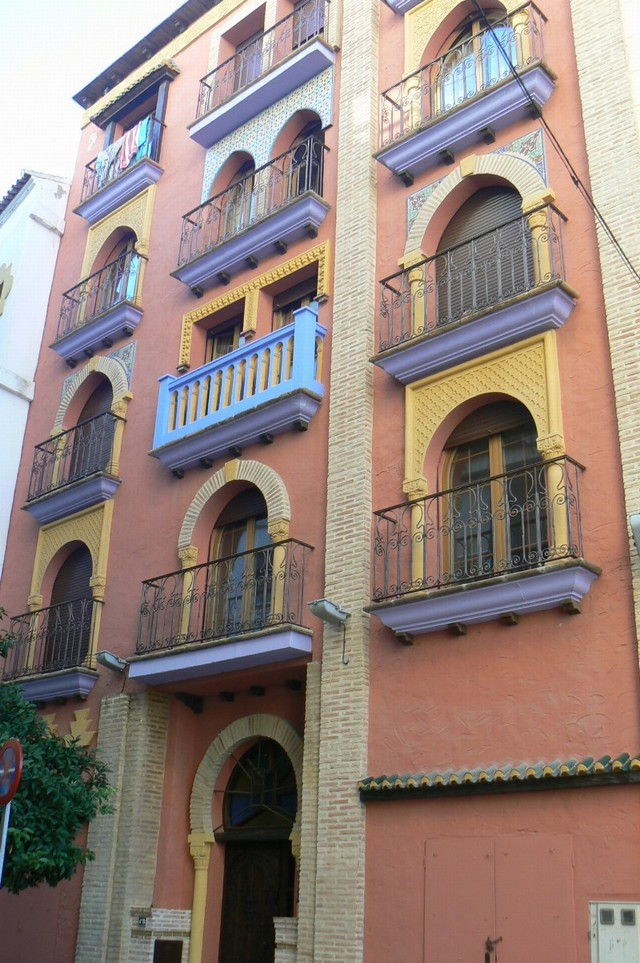 Lovely apartment, located in on of the most beautiful buildings in Fuengirola. Fantastic finish, wit, Spain