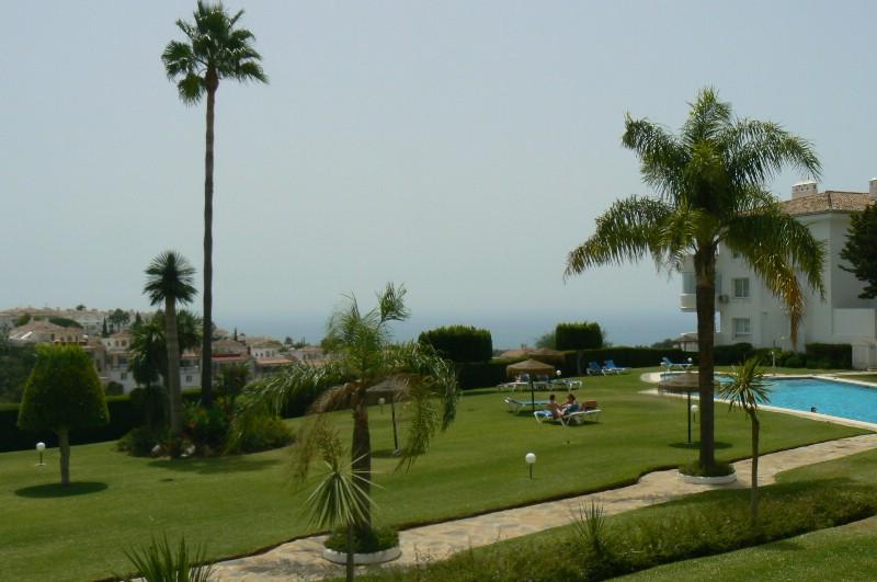 Apartamento Planta Baja en Venta en Calahonda – R3274624