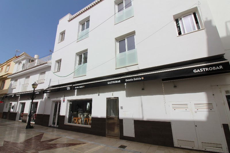 Apartment Complex for sale in La Carihuela R3481057