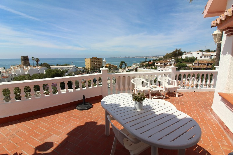 Lovely villa located in Torremuelle very close to the sea, shops, restaurants as well as golf course,Spain