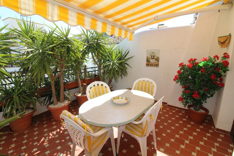 In the middle of La Carihuela, 40 meters from the beach, so nice penthouse in a Andalucian stile. Ni,Spain