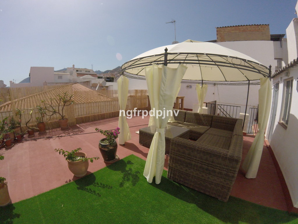 This property has been fully refurbished and is a bargain, the house is all on one level with a mass Spain