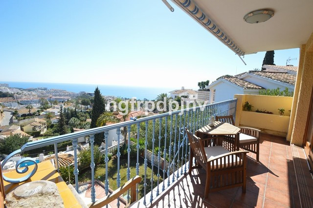 4 bedrooms 3 bathrooms in suite villa in Torremuelle with a very nice sea view. It has 3 levels. Its,Spain