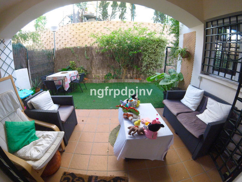 Ground floor with private garden of 80 sqm. in a quiet urbanisation with tennis cord 5 swimming pools for adults and 5 swimming pools for kids .   Ground Floor Apartment, Benalmadena Costa, Costa del Sol. 2 Bedrooms, 1 Bathroom, Built 120 m², Terrace 15 m², Garden/Plot 80 m².  Setting : Close To Golf, Close To Schools, Urbanisation. Orientation :  East, West. Condition : Good. Pool : Communal, Children`s Pool. Features : Lift, Fitted Wardrobes, Private Terrace. Furniture : Fully Furnished, Optional. Kitchen : Fully Fitted. Garden : Communal, Private. Security : Gated Complex, Safe. Parking : Underground. Category : Holiday Homes, Investment, Reduced, Resale.