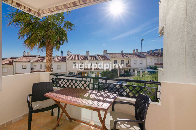Middle Floor Apartment, Benalmadena, Costa del Sol. 3 Bedrooms, 2 Bathrooms, Built 110 m², Terrace 8 m².  Setting : Town, Commercial Area, Close To Shops, Close To Town, Close To Schools, Urbanisation. Orientation : West. Condition : Good. Pool : Communal. Climate Control : Air Conditioning, Hot A/C. Views : Sea, Mountain. Features : Lift, Fitted Wardrobes, Near Transport, Private Terrace. Furniture : Not Furnished. Kitchen : Fully Fitted. Garden : Communal. Parking : Underground, Covered, Private. Category : Holiday Homes, Investment, Resale.