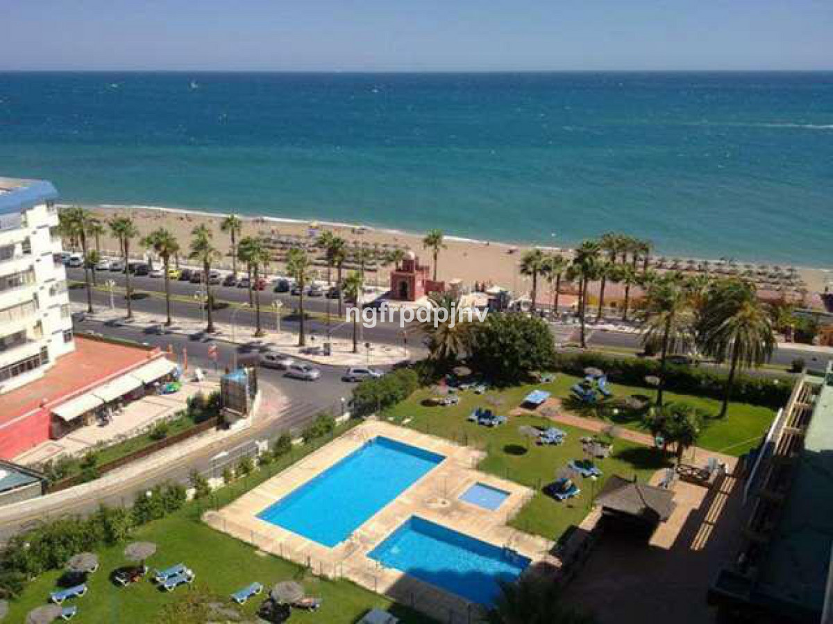 Middle Floor Apartment, Benalmadena Costa, Costa del Sol. 1 Bedroom, 1 Bathroom, Built 50 m², Terrac, Spain