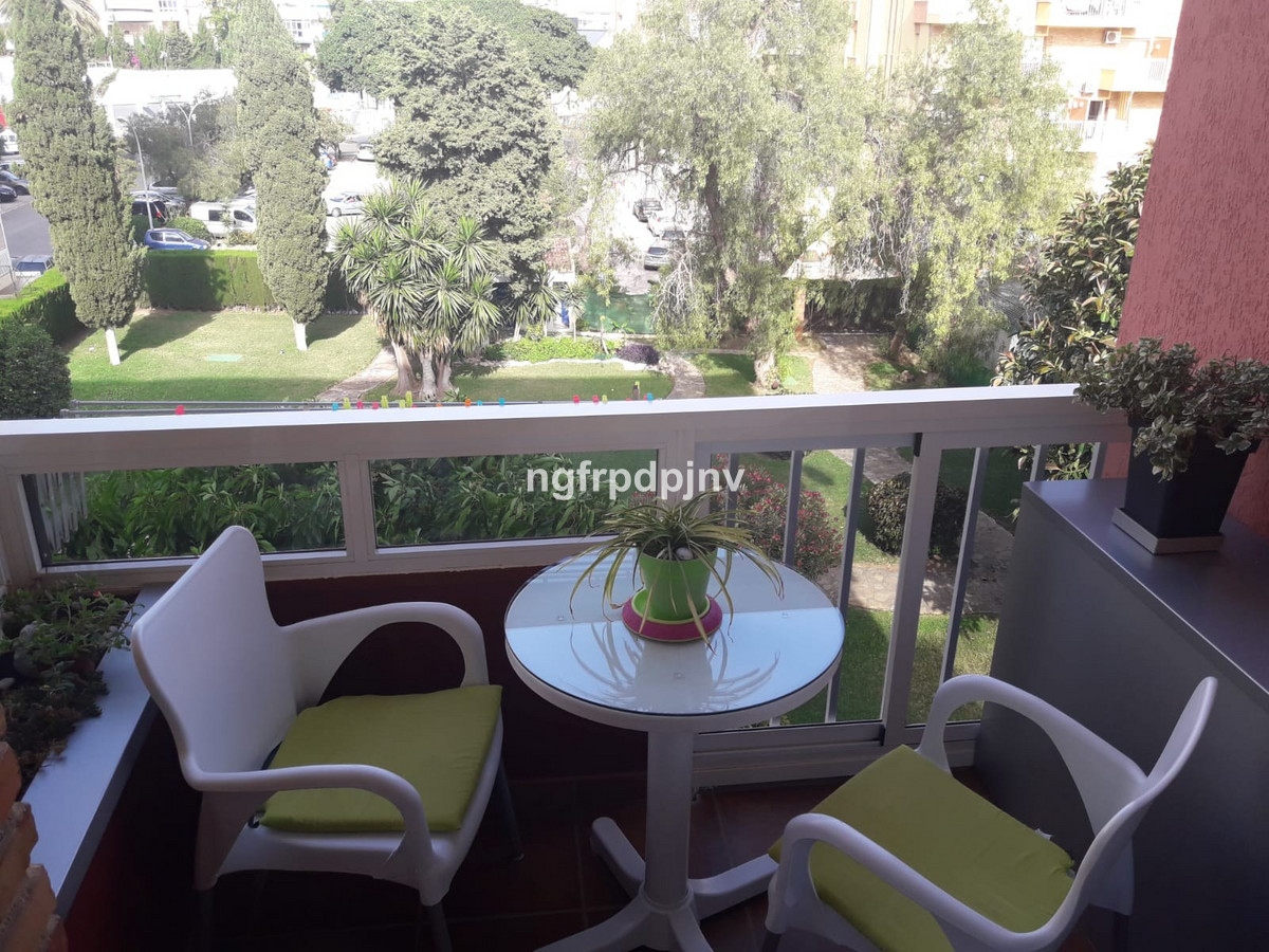 Modern studio in Arroyo de la miel 10 minutes to the train station, 5 minutes to Paloma park, 13 min, Spain
