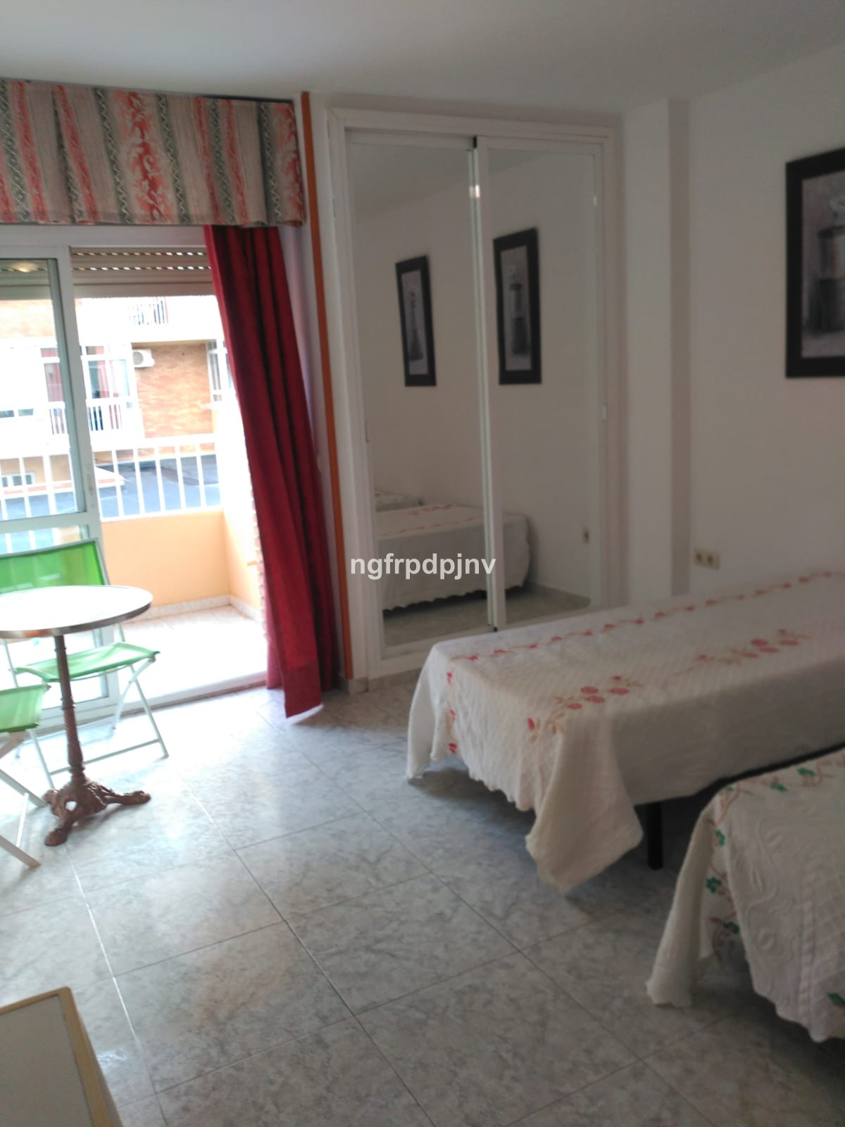 Middle Floor Studio, Benalmadena Costa, Costa del Sol. Built 30 m², Terrace 3 m².  Setting : Town, C, Spain