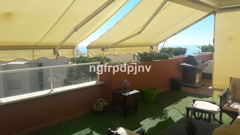 Nice property with big terrace in Santangelo norte.  Ground Floor Apartment, Benalmadena, Costa del Sol. 2 Bedrooms, 2 Bathrooms, Built 98 m², Terrace 114 m².  Setting : Close To Town, Urbanisation. Orientation : South East. Condition : Good. Pool : Communal. Views : Sea, Mountain. Features : Fitted Wardrobes, Private Terrace, Storage Room. Furniture : Fully Furnished. Kitchen : Fully Fitted. Garden : Communal. Parking : Underground, More Than One. Category : Resale.