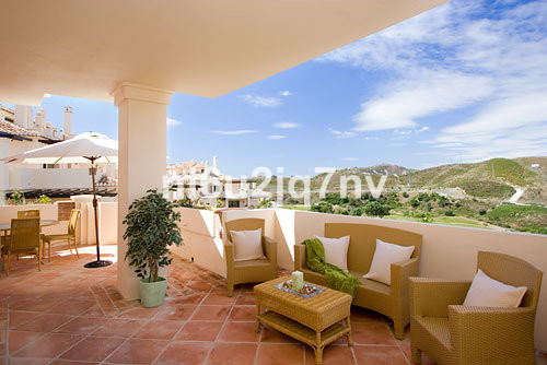 Ref:R2445170 Apartment - Penthouse For Sale in Benahavís
