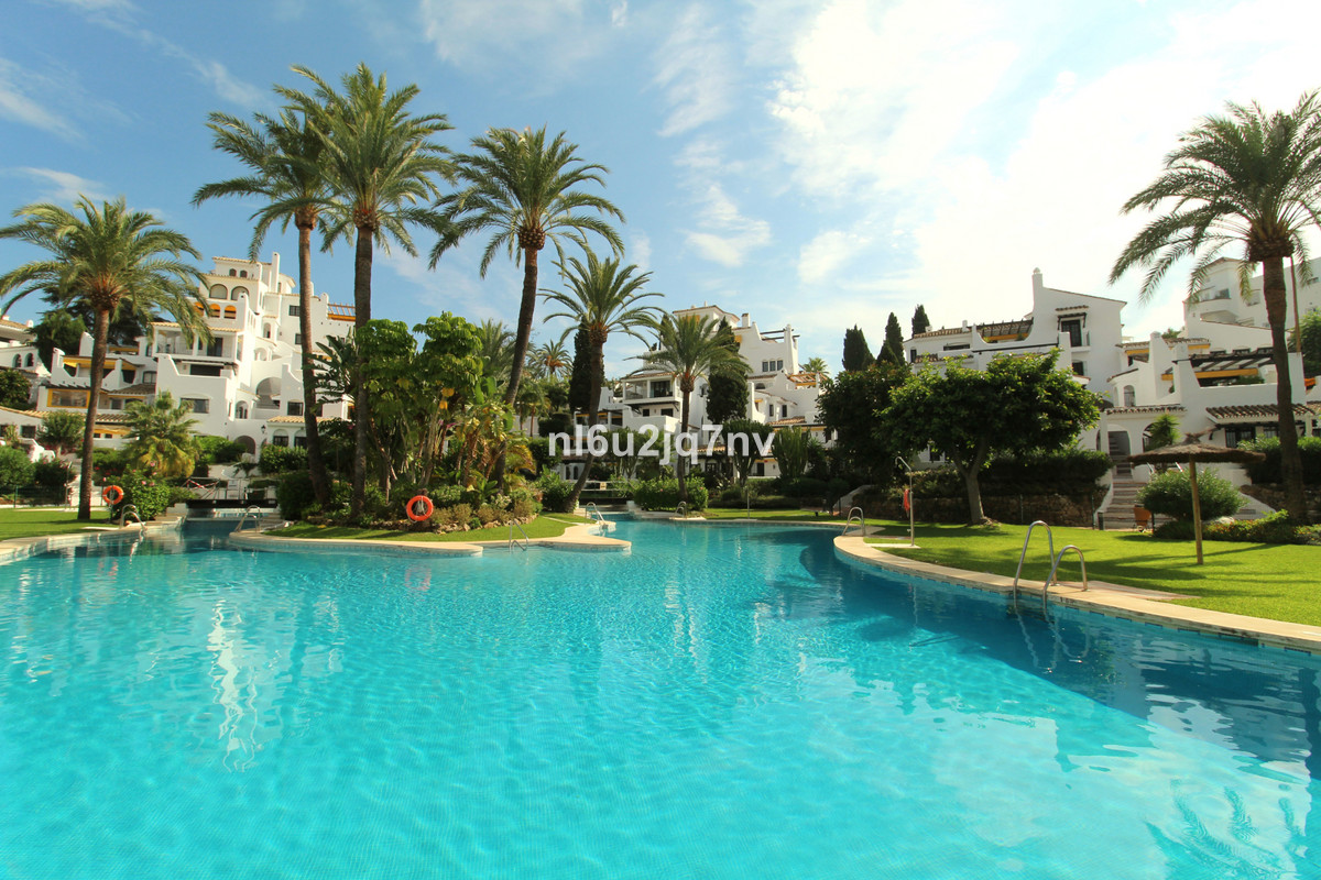 Ref:R3265999 Apartment - Penthouse For Sale in Nueva Andalucía