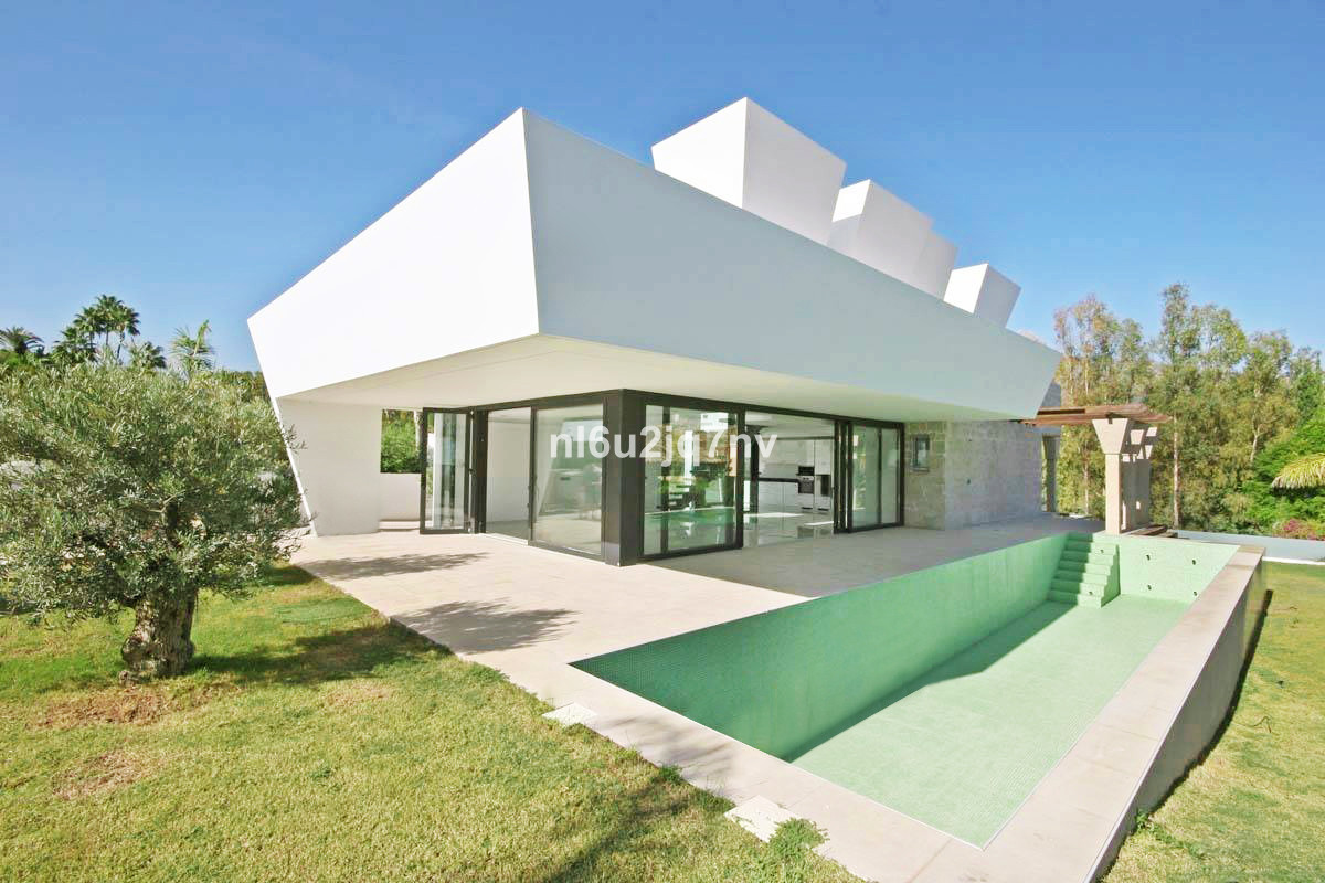 Ref:R3021971 Villa - Detached For Sale in Nueva Andalucía