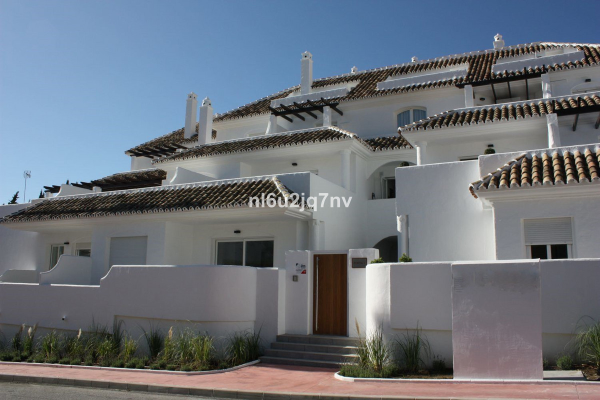 Ref:R2830733 Apartment - Middle Floor For Sale in Nueva Andalucía
