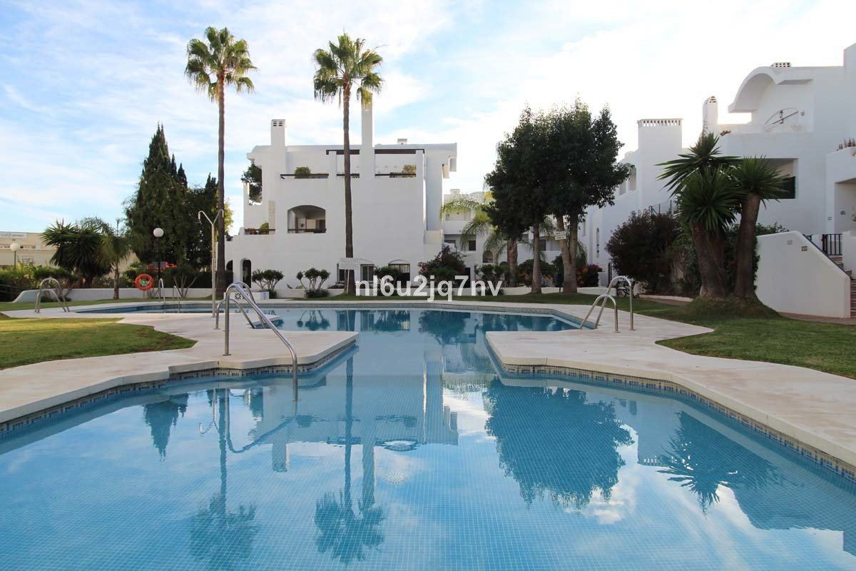 Ref:R3053743 Apartment - Ground Floor For Sale in El Paraiso