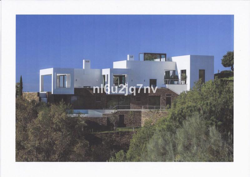 Ref:R2489336 Villa - Detached For Sale in Altos de los Monteros