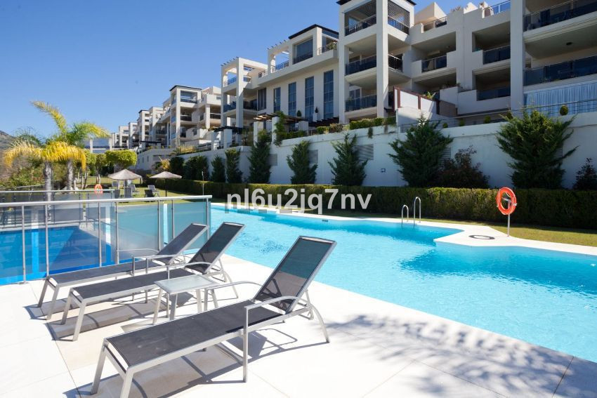 100 % BANK FINANCE SUBJECT TO STATUS This south/west facing, 2rd floor contemporary apartment enjoys,Spain