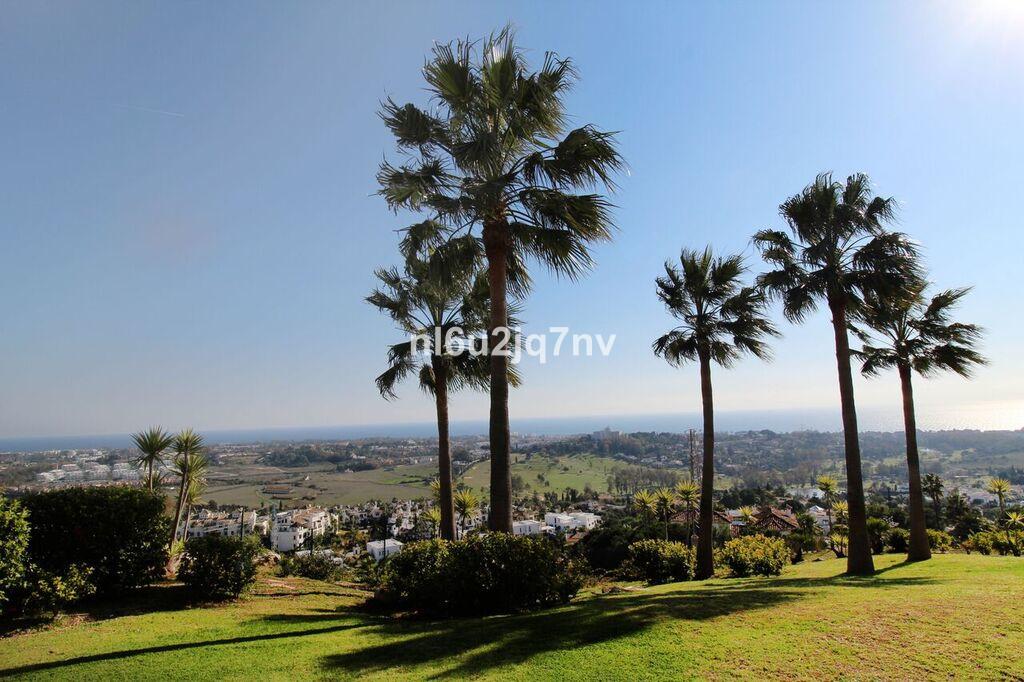 Apartamento Planta Baja en Venta en Benahavís – R3334876